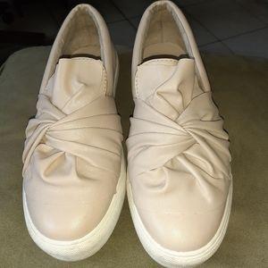 Shoes for ladies. MIA